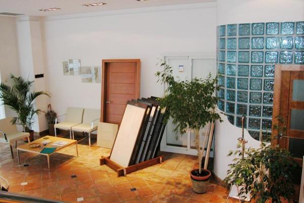 Coreal Reformas e interiorismo reformas en granada oficina almuñecar 1